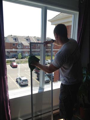Lavage de vitres impeccable nettoyage de vitre et for Lavage de fenetre